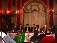 Conferenza stampa all'Hotel Plaza con Wei Jingsheng, in occasione della visita in Italia del presidente cinese Jiang Zemin. Da sinistra a destra: ???,