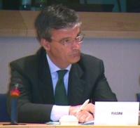 """""""Per un mercato dell'audiovisivo europeo competitivo, trasparente e di qualità"""". Dibattito alla Sala Leo del Parlamento Europeo. Ritratto di Mario Ras"""