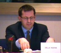 """""""Per un mercato dell'audiovisivo europeo competitivo, trasparente e di qualità"""". Dibattito alla Sala Leo del Parlamento Europeo.  Ritratto di Benedett"""