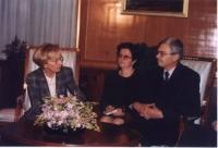 Emma Bonino incontra Rexhep Mejdani (presidente dell'Albania) [da verificare].