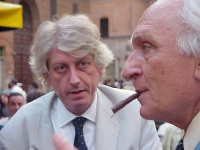 Ritratto di Massimo Bordin, direttore di Radio Radicale. (Accanto, di profilo, Marco Pannella). Altre digitali: Bordin con Pannella.