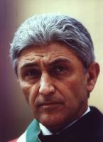 Ritratto di Antonio Bassolino. (Agenzia Contrasto)