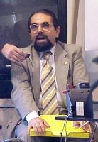 """Ritratto di Mario Baldassarri, economista, in occasione della conferenza stampa per il lancio dei """"referendum days"""". (v.3785)"""