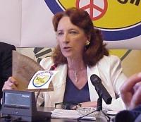 """Ritratto di Giuliana Olcese, coordinatrice del Movimento per le riforme istituzionali, in occasione della conferenza stampa per il lancio dei """"referen"""