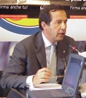 Ritratto di Enzo Fragalà (senatore, An). (In occasione della conferenza stampa di cui alla foto 3805).