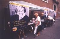 Referendum days (28-30 luglio, tre giornate di mobilitazione straordinaria di raccolta firme sui 20 referendum. Tavolo di piazza Venezia.