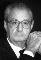 Ritratto di Cesare Romiti. Primo piano, bianco e nero.