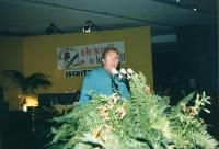 32° congresso PR I sessione. Pino Caruso mentre parla dalla tribuna