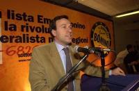 Assemblea dei Radicali all'hotel Ergife di Roma, per la presentazione alle regionali delle liste radicali Emma Bonino. Ritratto di Ernesto Caccavale.