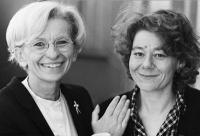 Emma Bonino insieme a Elisabetta Chiacchella, candidata alla presidenza della Regione Umbria per la lista Bonino.