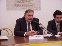 """Ritratto di Carlo Valenzi (presidente della FEDERSERT), in occasione del Convegno: """"LEGGE JERVOLINO VASSALLI - 10 ANNI DI FALLIMENTI"""", tenutosi in Cam"""