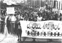 Manifestazione femminista per la legalizzazione dell'aborto.