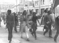 Marcia antimilitarista. Fra gli altri, si riconosce Peppino Calderisi.