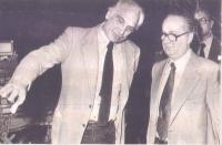 Marco Pannella e Jader Jacobelli, a una tribuna elettorale (Foto ritagliata da un giornale).