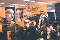 Marco Pannella alla tribuna del 32° Congresso del PR (II sessione).