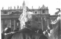 Marco Pannella a piazza San Pietro, al termine della marcia di Natale. 5415 e 5415bis.