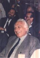 Marco Pannella.  (Sullo sfondo, primo a sinistra, Ottaviano Del Turco).