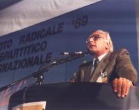 1° Congresso Italiano del PR. Marco Pannella alla tribuna.