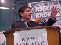 ??? Adinolfi, a un'assemblea radicale: VERSO IL PROGETTO POLITICO-ELETTORALE DEL 2001.