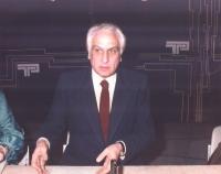 Marco Pannella partecipa a una tribuna politica.