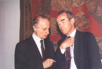 Conferenza Europea sullo Statuto di Roma istitutivo della Corte Penale Internazionale. Giovanni Conso e Robert Badinter, già Ministro della Giustizia