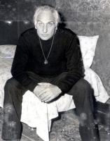 Marco Pannella nella camera d'albergo dove conduce un digiuno.
