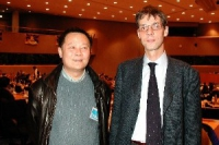 Wei Jingsheng e Olivier Dupuis (in occasione del 3° seminario europeo sul Tibet, al Parlamento europeo).