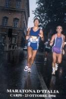 """Luca Coscioni (prima di ammalarsi di sclerosi laterale amiotrofica) partecipa a una """"maratona d'Italia""""."""