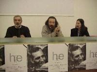 Convegno in ricordo di Antonio Russo, presso il Museo di Roma. A sinistra: Antonio ?, a destra: Patrizia Sterpetti. Altre digitali.