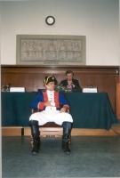 Moot Court: processo contro Napoleone Bonaparte, per la campagna in Russia. Dietro il tavolo, il professor Michail Wladimoroff, giurista.