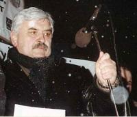 Aleksandr Tkachenko, in occasione di una manifestazione antimilitarista, contro i crimini di guerra commessi in Cecenia.