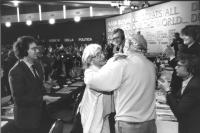 36° congresso PR II sessione. Adele Faccio abbraccia Stanzani (BN) ottima
