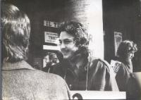 Anni 70. Manifestazione di obiettori di coscienza al servizio militare. Il ragazzo a destra della foto è Luigi Zecca.