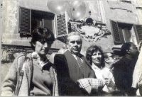 Marcia di Natale. Adelaide Aglietta ed Enzo Tortora.