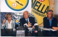 Emma Bonino, Marco Pannella e Paolo Vigevano, in occasione di una conferenza stampa alla sede di Torre Argentina per i referendum days (giornate di mo