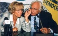 Emma Bonino e Marco Pannella, in occasione di una conferenza stampa alla sede di Torre Argentina per i referendum days (giornate di mobilitazione stra