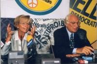 Emma Bonino e Marco Pannella, in occasione di una conferenza stampa alla sede di Torre Argentina per i referendum days (giornate di mobilitazione str