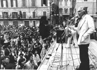 comizio di Marco Pannella a Piazza Navona. (BN) folla. Ottima