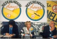 "Conferenza stampa alla sede di Torre Argentina in occasione dei ""referendum days"" (giornate di mobilitazione straordinaria per la raccolta di firme su"