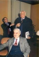 In secondo piano: Mario Petrina (presidente dell'Ordine dei Giornalisti) e Marco Pannella.