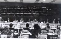 Congresso di fondazione di Nessuno Tocchi Caino. Fra gli altri: Sergio D'Elia e Maria Teresa Di Lascia.
