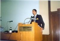 Giorgio Pagano (segretario dell'ERA) alla tribuna della FEI (Federazione Esperantista).