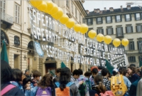 Manifestazione esperantista in un occasione di un vertice del Consiglio Europeo per la revisione del trattato sull'Unione Europea.
