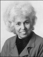 Nawal Saadawi, scrittrice femminista egiziana, imputata di eresia.