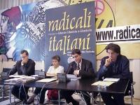 Conferenza stampa presso la sede dei Radicali Italiani di Torre Argentina. Da sinistra: Benedetto Della Vedova, Carla Rossi, Daniele Capezzone, Marco