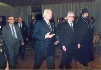 Da sinistra: Vladimir Moskovka (deputato del parlamento ucraino), Zdravko Tomac, Marco Pannella, ???, Aleksej Zybin (prete ortodosso dell'Estonia, isc