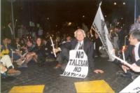 Corteo porta Pia - piazza San Pietro, nella ricorrenza del 20 settembre. Sit in di protesta, contro il veto della questura all'attraversamento di piaz