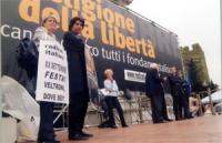 Manifestazione anticlericale a porta Pia, nella ricorrenza del 20 settembre. Sul palco, da sinistra: Rita Bernardini, Marco Cappato, Emma Bonino, Marc