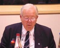 """Peter E. Muller (International Society for Human Rights) partecipa al convegno: """"La situazione nel Turkestan dell'Est dopo mezzo secolo di occupazione"""