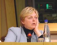 Mme Annemie NEYTS, Ministre délégué aux Affaires Etrangères, Présidente en exercice de l'UE (in occasione della conferenza stampa di presentazione del